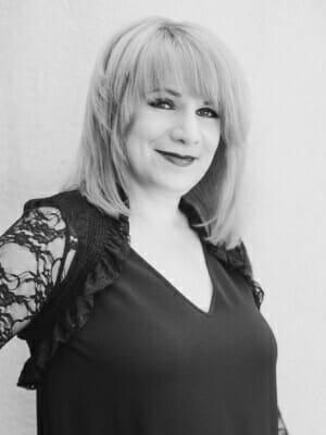 Laura Pyka | Hairstylist Yorktown